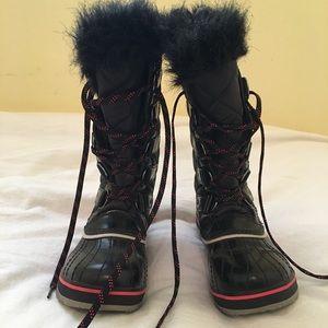 SOREL Joan of Arctic Boots 6.5 NWOT